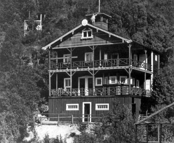 Tourist Club Lodge in the 1920's